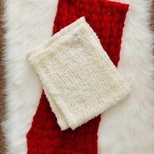 BUNDLE 2 knit infinity scarves